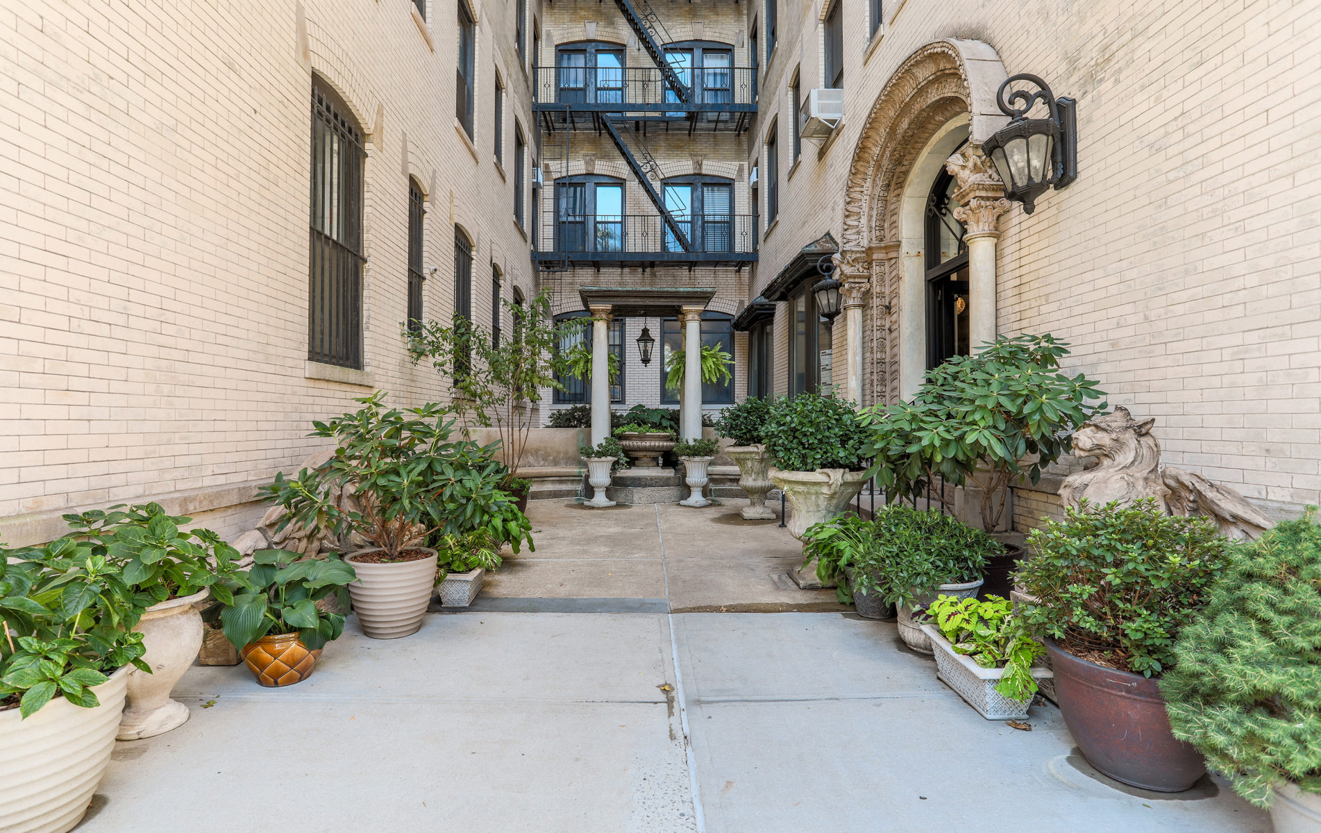 The Braender Condominium